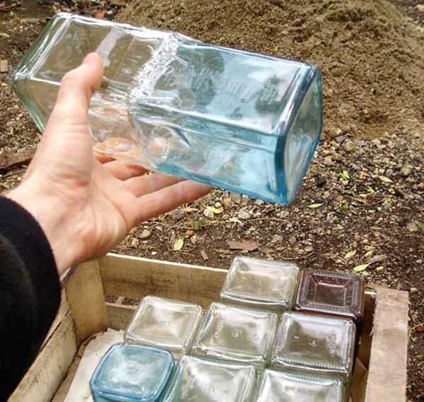 Glass Bottle Walls Insteading
