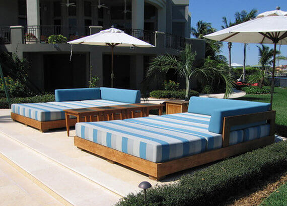 Poolside Outdoor Bed
