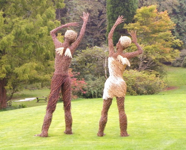 Willow tree sculptures insteading