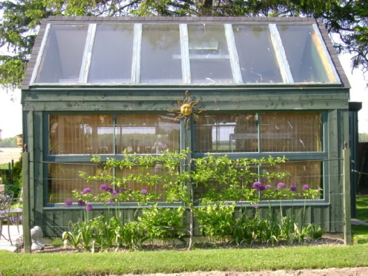 17) Salvaged Window And Door Greenhouse Ontario & Greenhouses from Old Windows and Doors u2022 Insteading