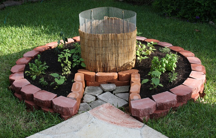 Incroyable 18) Florida Garden Made With Bricks