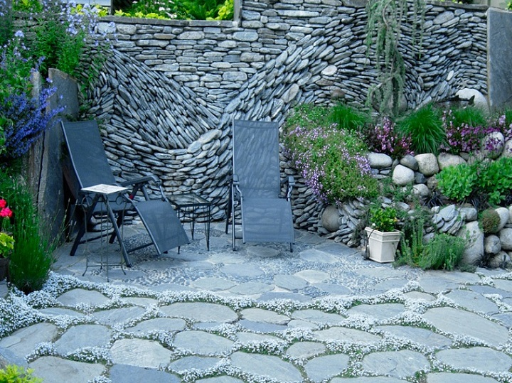 Patio Stone Walls : The art of dry stack stone wall insteading