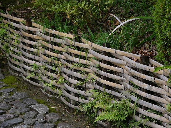 Bamboo Garden Fence. Wattle Fence Bamboo Garden