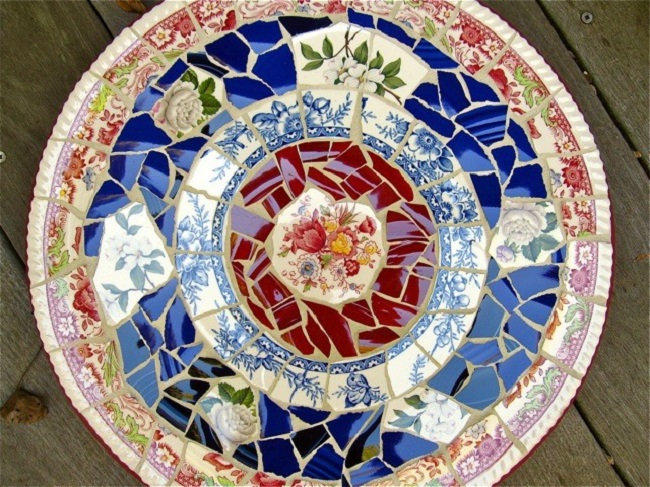 Upcycling Dinner Plates And Old China Insteading