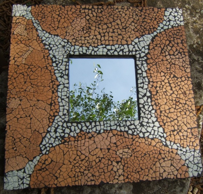 egg shell mosaic