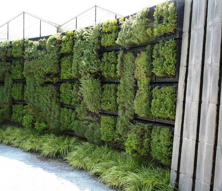 Vertical Herb Garden Ideas: Vertical Herb Garden • Insteading