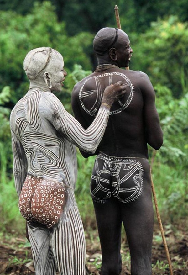 Omo Valley Tribes • Insteading