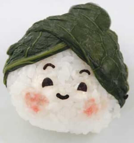 onigiri-rice-ball-with-spinach-cap