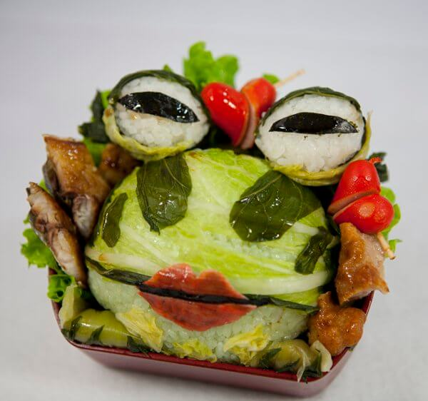 bento-box-cabbage-frog
