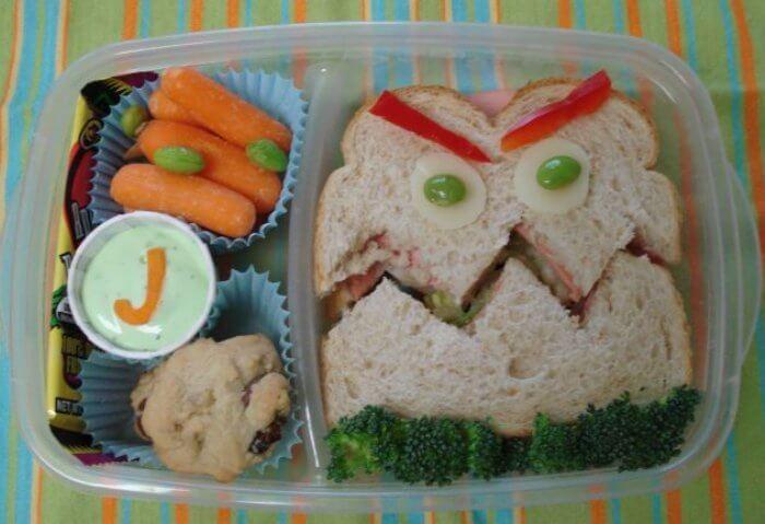 bento-box-cookie-monster-sandwich