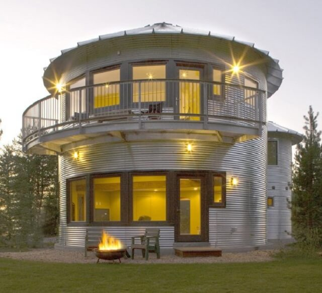The South Facing Side Of Above Silo House Monte In Woodland Utah By Gigaplex Architects